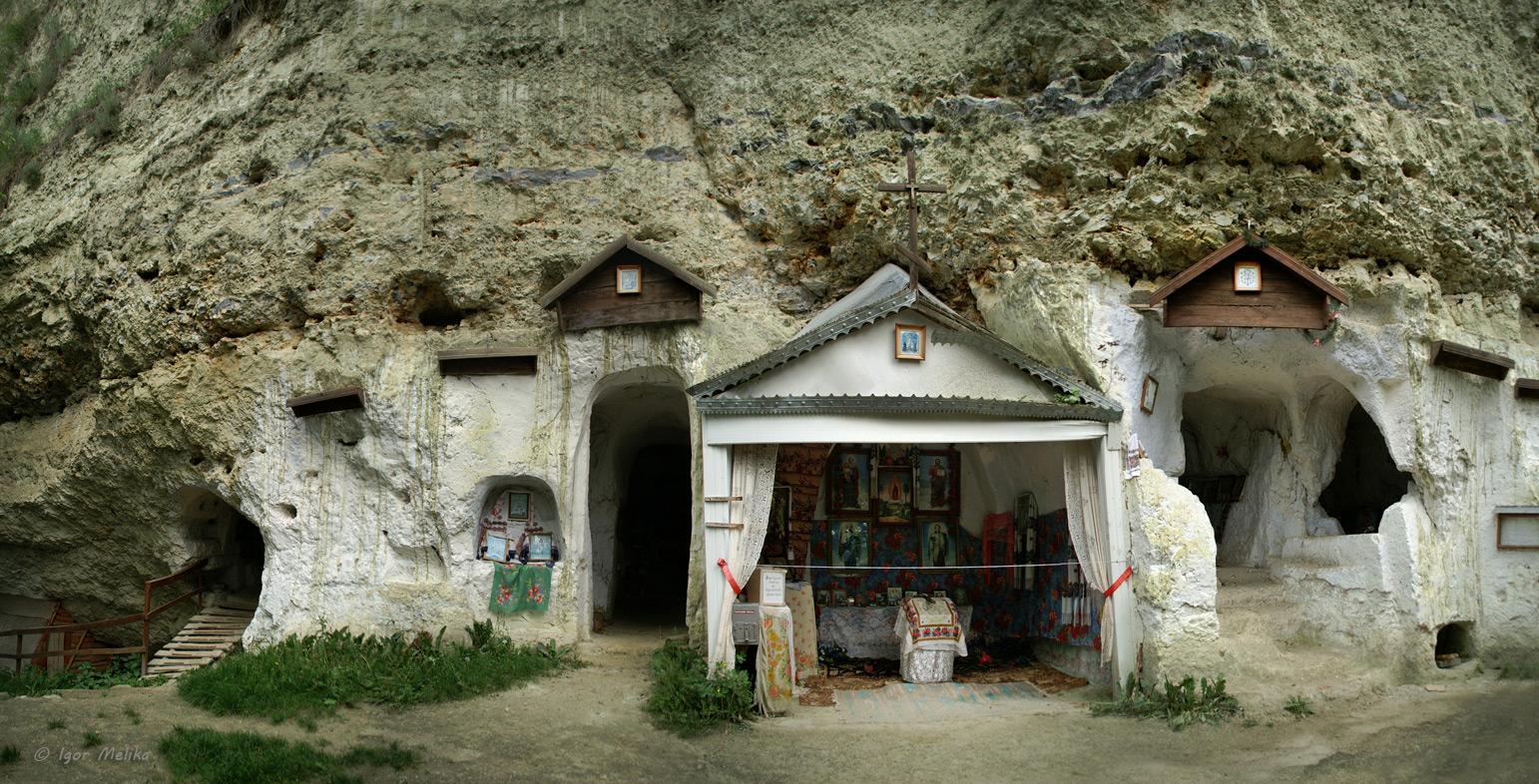 каменец подольский святые места где это случаи, когда такая